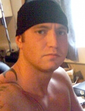 karl 34 y.o. from UK