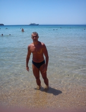 makis 50 y.o. from USA
