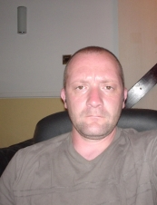 philip 45 y.o. from UK