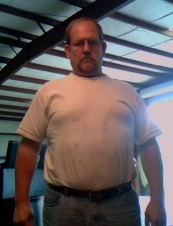 Steve 49 y.o. from USA