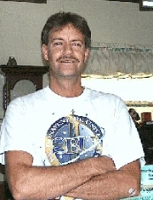 bruce 64 y.o. from USA