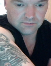 chris 41 y.o. from New Zealand