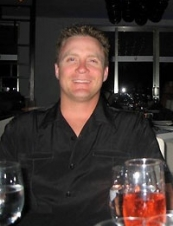 Chris 46 y.o. from USA