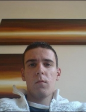 Chris 30 y.o. from UK