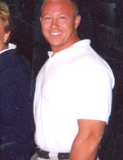 Douglas 49 y.o. from USA