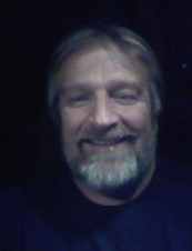 Keith 58 y.o. from USA