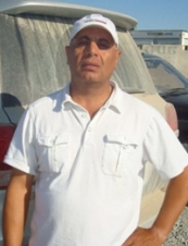 nassir 57 y.o. from USA